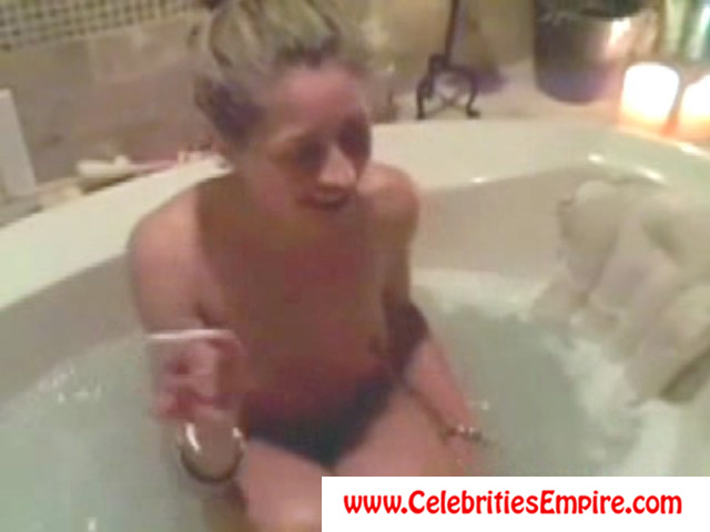 Pure dee naked video